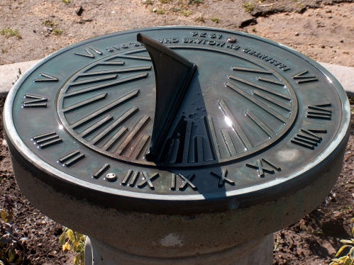 sundial HPIM3093 - Version 2