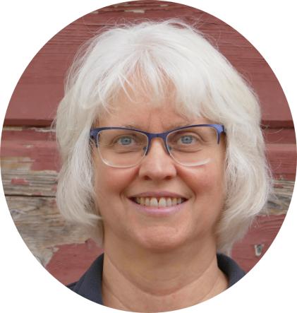 1 Sanders Author Photo circle